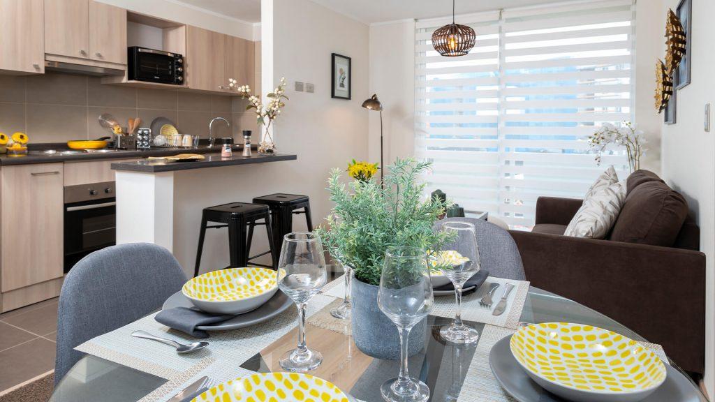 Condominio-Parque-Oriente-comedor-living-cocina