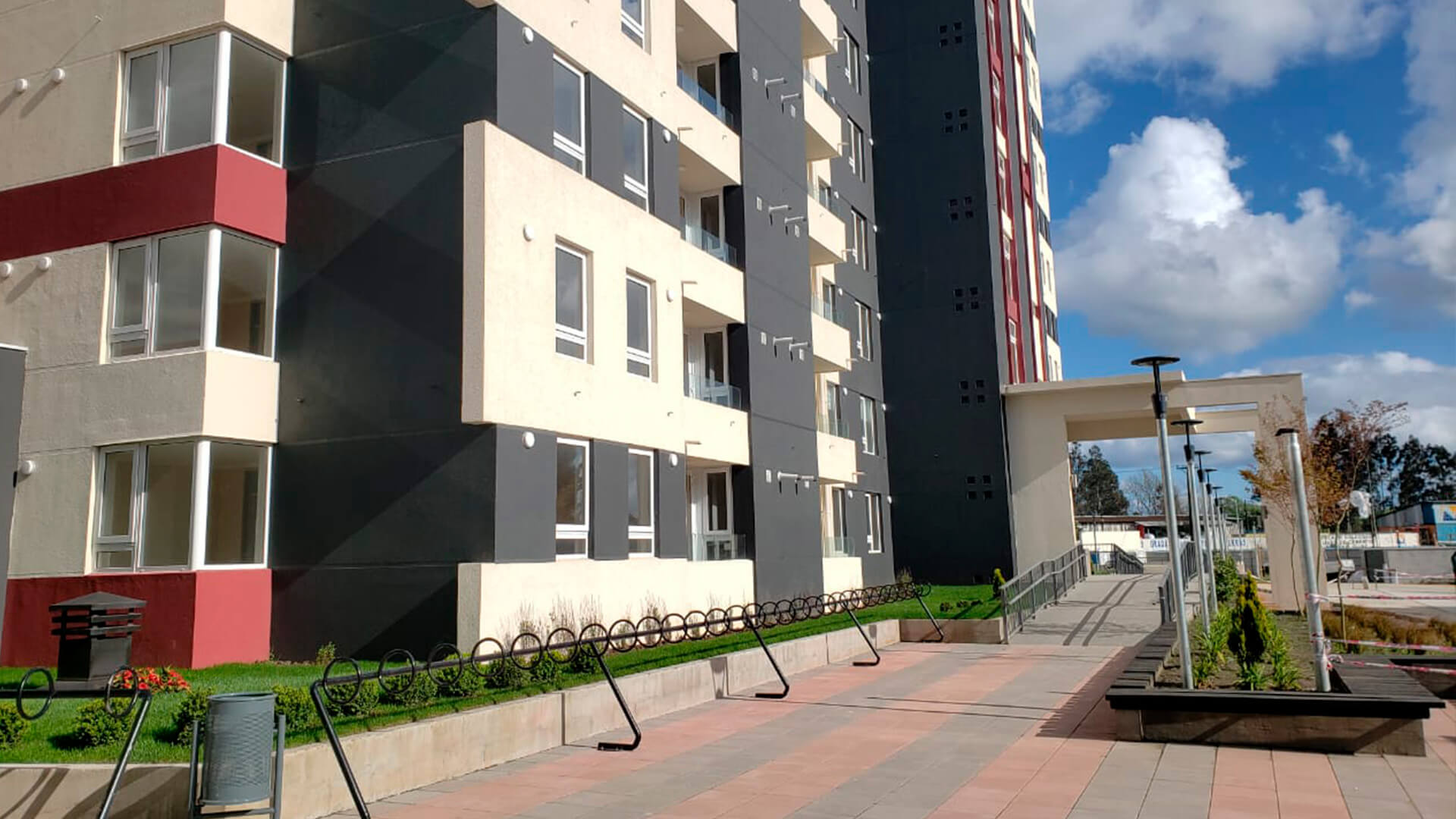 Plaza Parque los Poetas-Avance-exterior